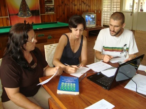 Corpo de Jurados, da esquerda para direita Ruth Scalon Afonso, Carolina De Col e Rodrigo Tas